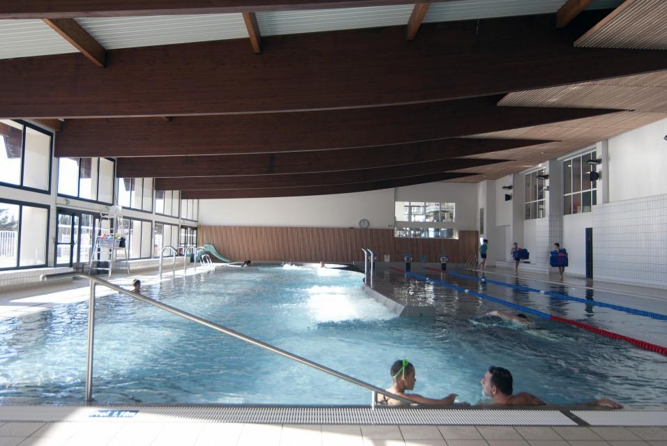 """Centre aqualudique et bien-être """"Les Hermines"""""""